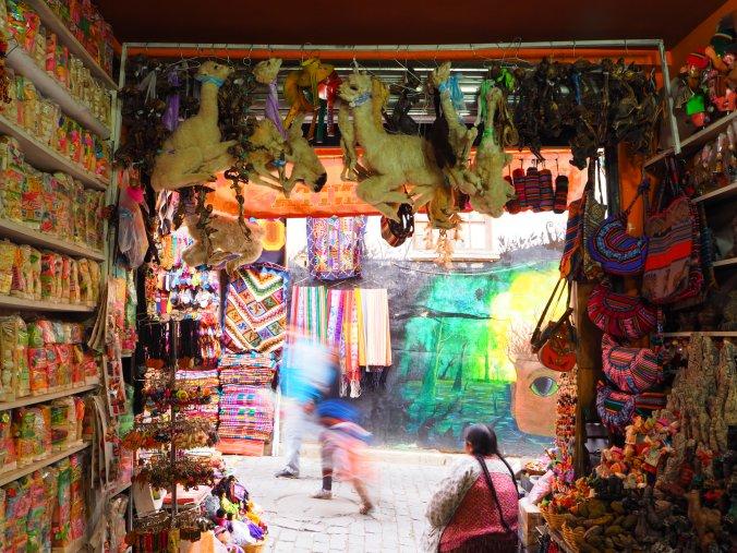 Witches Market (Mercado de las brujas), La Paz, Bolivia